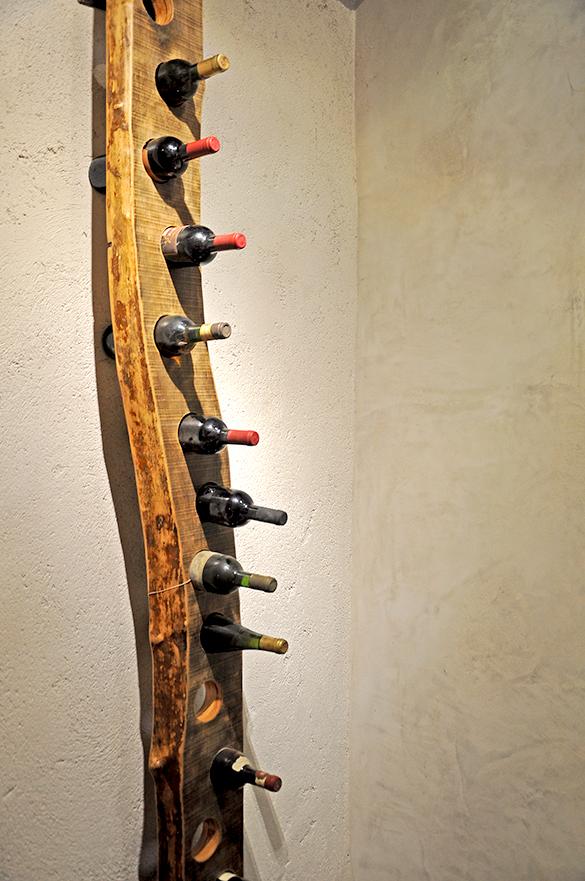 Porta bottiglie design industriale sestini corti - Oggetti di design in legno ...