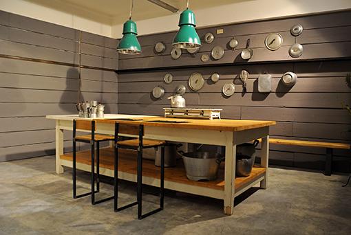 Casa immobiliare accessori tavoli in legno per cucina - Banco da lavoro cucina ...
