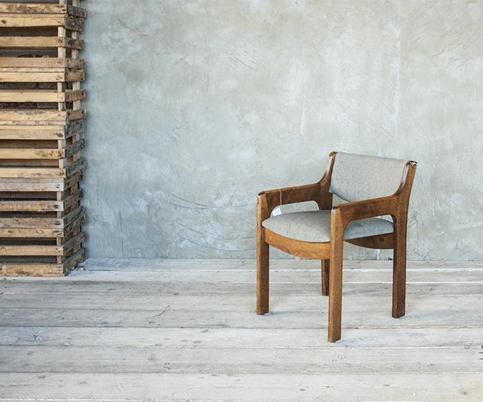 Sedia imbottita vintage vintage poltrone interior design for Sedia design vintage
