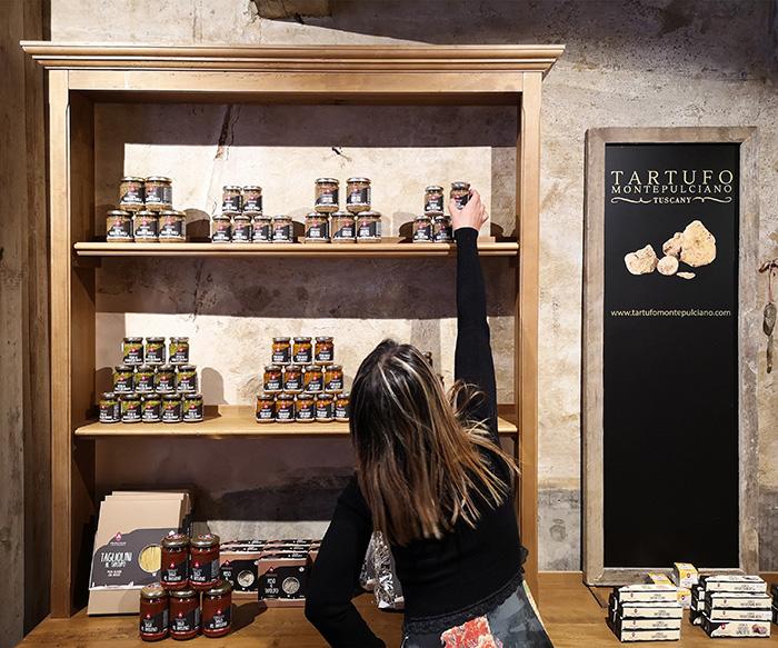 Tartufo montepulciano portfolio negozi uffici interior for Negozi design online