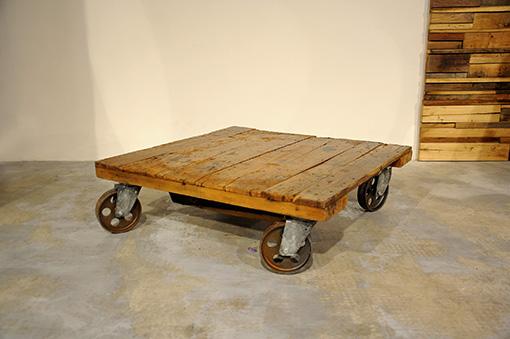 Interior design recupero il tavolo da fumo è stato realizzato con una ...