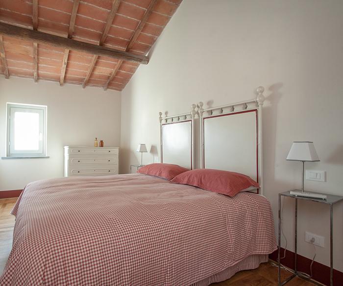 Borgo syrah portfolio arredo casa interior design recupero for Arredo casa shop