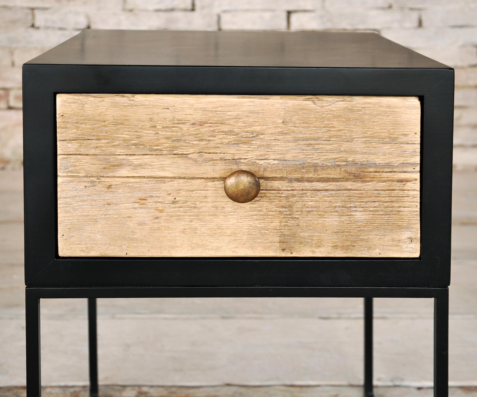 Comodino a cassetto prodotti tavoli da fumo interior design recupero sestini e corti shop online - Tavoli da fumo in legno ...