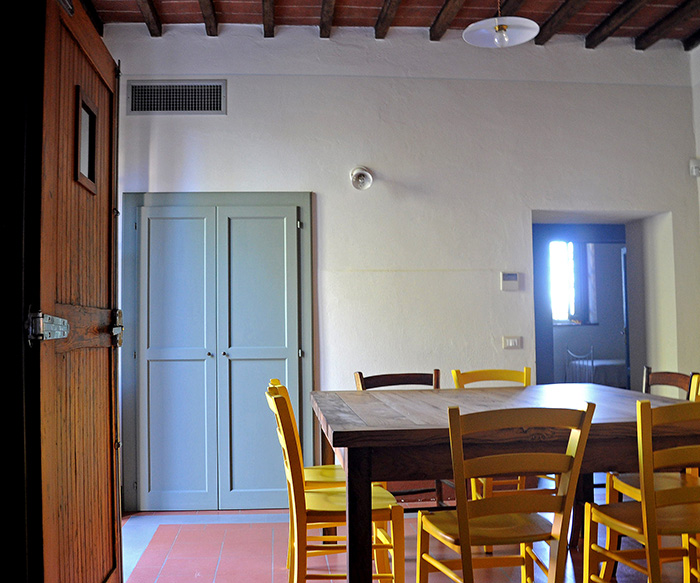 Una casa in un borgo portfolio arredo casa interior design for Arredo casa online shop
