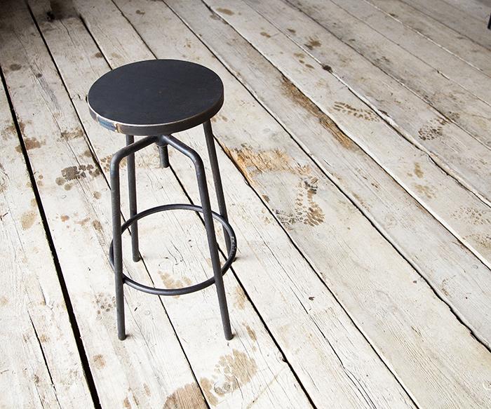 Sgabello a vite ferro prodotti sgabelli interior design recupero